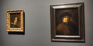 Twee zelfportretten. Links van Velazquez, rechts van Rembrandt.