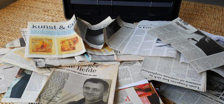 Tekstschrijver met een koffer vol verhalen