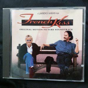 Mijn cd van de film 'French kiss', waarin destijds ook enkele voor mij nieuwe nummers zaten.